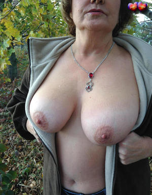 Old Saggy Tits And Pussy